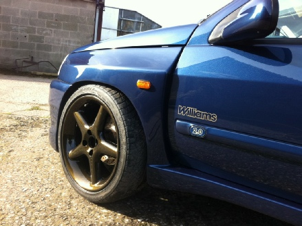 Clio Dimma Williams custom